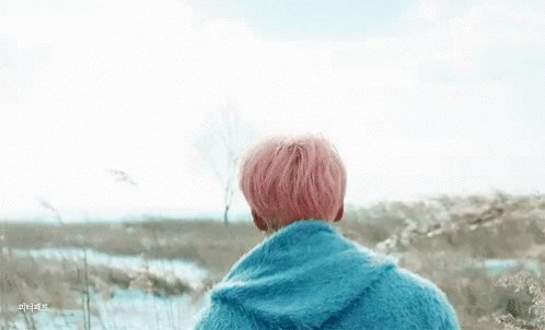 #TimelessSpringDay #2YearsOfSpringDay One of my absolute favorite BTS song though I love all their song, this one has a special place in my heart💜 #springday