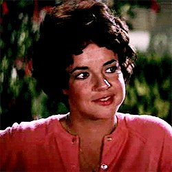 Wishing Stockard Channing a very happy 75th Birthday. Born this day in 1944. Love her in The West Wing and Grease.