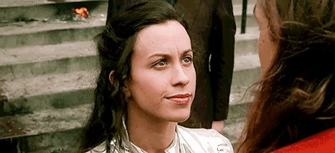 """Never forget how adorable Alanis Morissette is playing """"god"""" in dogma. 💚"""