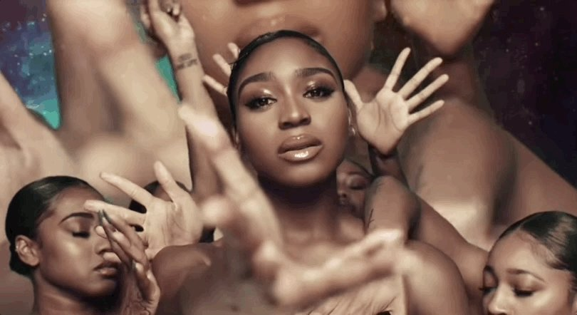 🚀 @Normani and @6LACK head to outer space in their dreamy 'Waves' music video: http://ihr.fm/2GlVgSV