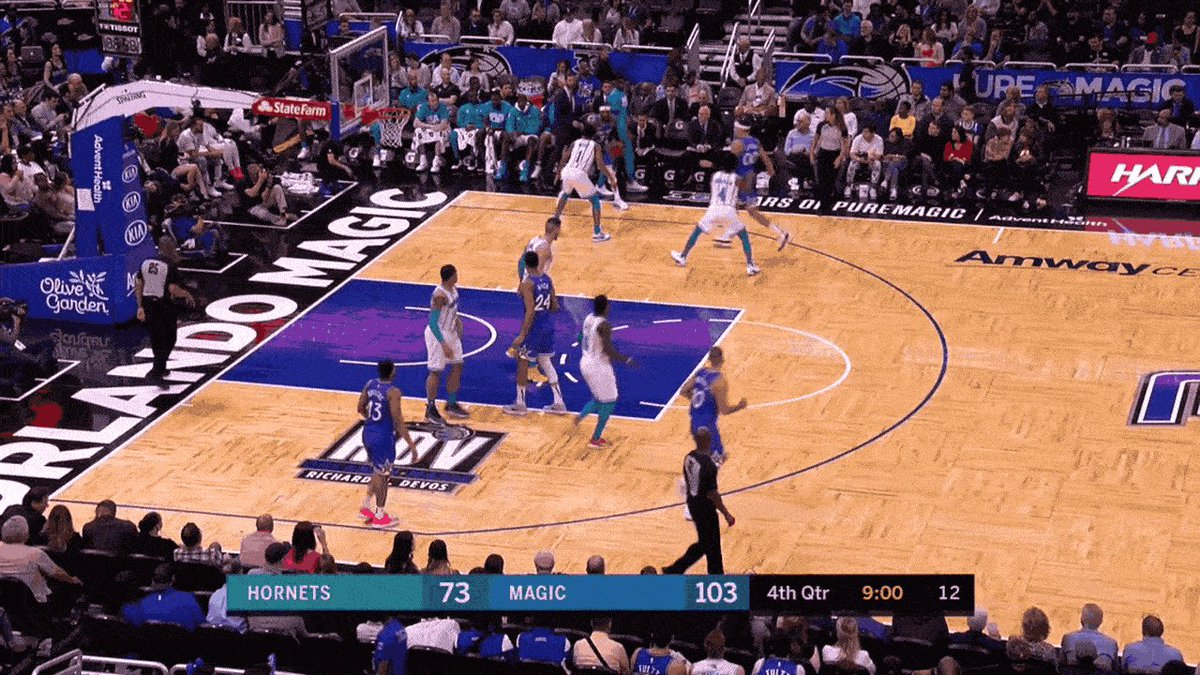 Terrence Ross committed a dunk murder on Willy Hernangomez: http://deadsp.in/4GnYDES