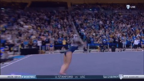 She ALSO did it again! @katelyn_ohashi scores her second-straight perfect 🔟 on floor!
