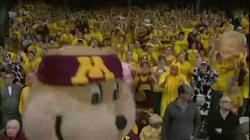 Hi Gophers! I am doing an Ask Me Anything session on Reddit. Drop in with all your Goldy related thought and questions! https://www.reddit.com/r/uofmn/comments/aromp5/im_goldy_the_gopher_the_university_of_minnesotas/?ref=share&ref_source=link…