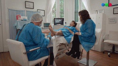 Sustituta Embarazada GIF