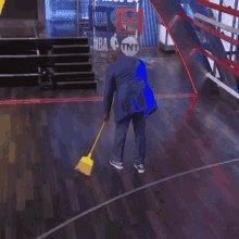Damn yall #KiaMVP just got swept ctfu 😭😭🤣🤣 https://t.co/ufjjq7Da8W