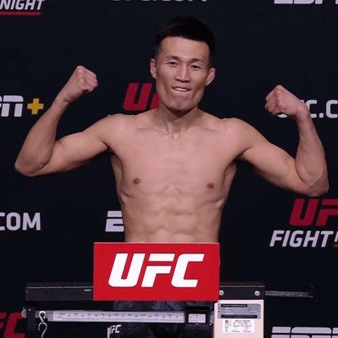 1️⃣4️⃣6️⃣ on the dot.  @KoreanZombieMMA makes #UFCVegas29 OFFICIAL.   [ Main Card 7pmET | Tomorrow on ESPN2 & @ESPNPlus ] https://t.co/RsPhsewyvd