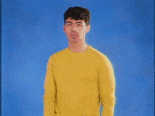 Happy Birthday Joe Jonas, let s discuss my unnecessary crush on you..