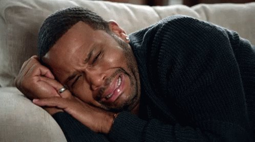 #DanielCormier woke up from his second nap 😴in less than 24hrs #SundayMorning he suddenly realized what happend and the crying continued. #MMA #UFC241 https://twitter.com/kkuteo/status/1163021212840267776…