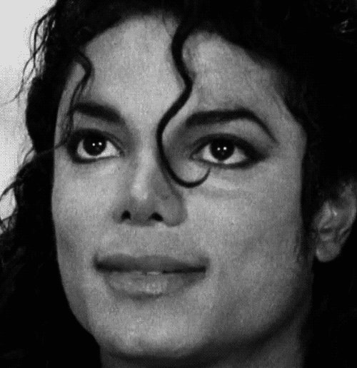 "Happy birthday Michael Jackson ""the king of pop\""!!"