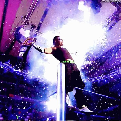 Happy birthday to one of my favorite wrestlers of all time Jeff Hardy!