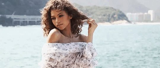 HAPPY BIRTHDAY, ZENDAYA!