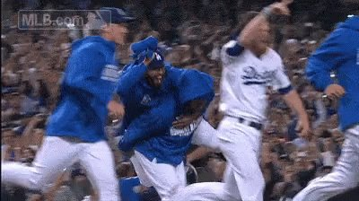 The Los Angeles @Dodgers are your NL West champs!🍾🍾🍾🍾🍾🍾🍾