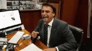 Tava ruim com a Dilma ne, agora chupa essa manga tem que sifude mesmo.Chama o MITO seus troxa.