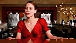 Happy birthday to singer-songwriter & classically trained pianist Fiona Apple, whose artistry I deeply admire.