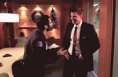 """Santa in the Slush"", beyond the kiss, is Brennan's way to get a moment with the family she hasn't seen in years before #Bones' Pilot, with Booth & Parker (who left on his own to spend the day with his father) bringing the last piece of the🎄puzzle, that's also Bren's gift."