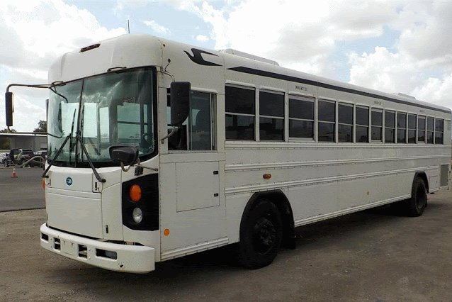 GSA Fleet's online nationwide bus auction starts today! Check out the auction calendar and see the buses for sale near you: https://t.co/Ws8IfGjtQJ