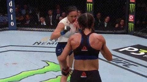 Front kick lands flush for Joanna!   #UFCTampa