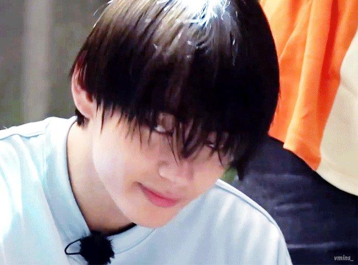 この濡れ髪と笑顔にやられない人類って存在するの?