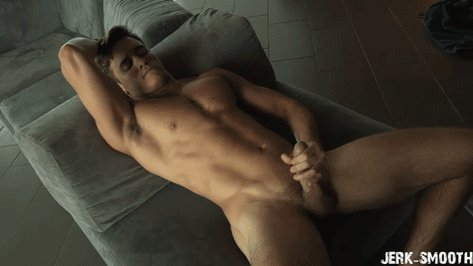 Guys Masturbate To Nude Mature On The Beach