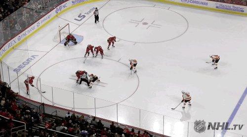 @PR_NHL's photo on Morgan Frost