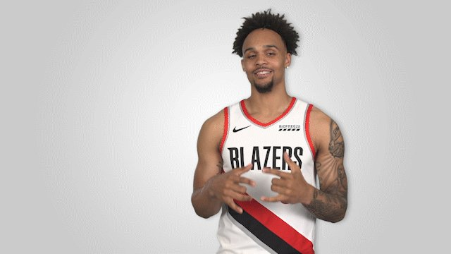 .@gtrentjr starts off the 2nd half with a triple!