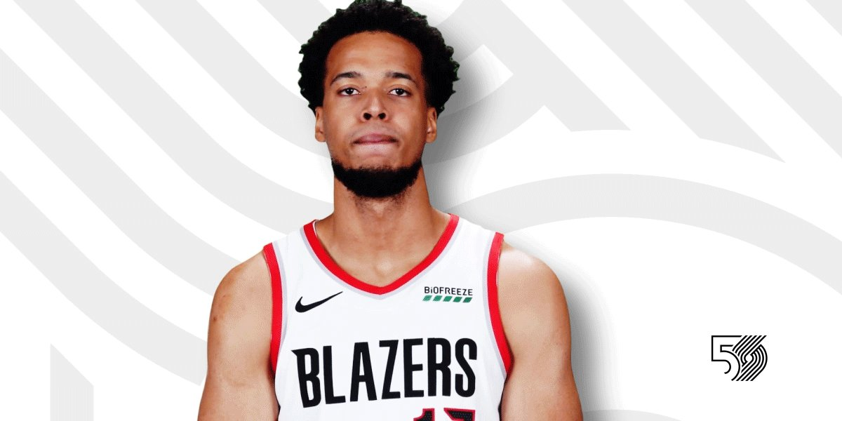 18 points, 7 rebounds, 3 assists, 1 steal, 4 blocks   @OneBigHaitian | #RipCity