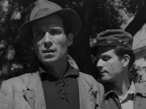'Ladri di biciclette'  BICYCLE THIEVES  #LadriDiBiciclette  #BicycleThieves  #VittorioDeSica   Airs Wednesday in the U.S. on #TCM, 6:15 AM (ET)pic.twitter.com/GuM2UHWVJq