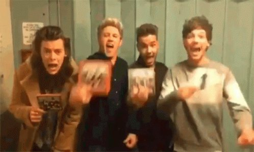 #4YearsOfMITAM Hows the time passed!? Ill be always fan of @onedirection (never stop)! Thank you for all the years, for my best adolescence! Ill never be able to show how grateful, and how proud I am of these guys @LiamPayne @Louis_Tomlinson @Harry_Styles @NiallOfficial