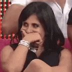 """Evangélicos vendo a Fabiana CATÓLICA sendo má : legalEvangélicos vendo Josiane usando a fé pra sair da cadeia e se revelando uma psicopata :""""Ah mas tão debochando da fé, a Globo satanista,que brincou com o nome de Deus e blá blá blá""""Aff ninguém ricas os cristais #adonapedaco"""