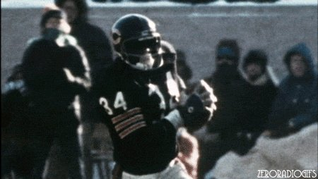 Image for the Tweet beginning: Mitch on his TD run