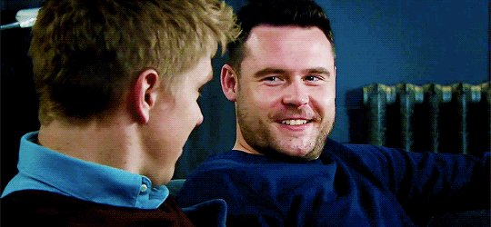 RT @IvaneteRan: Reviewing the brightest smiles of our robron loves...♥️💥♥️  #Myfavorites 🥰😍🥰 #Robronforever ❤❤❤❤...