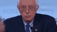 When @amyklobuchar tries to defend her faulty record on fracking #DemDebate