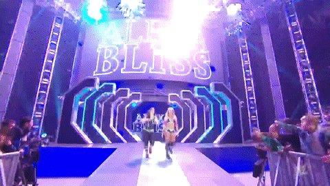 #TheGoddess @AlexaBliss_WWE takes on @SonyaDevilleWWE RIGHT NOW on #SmackDown!