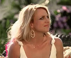 Alayah and Victoria knew each other before the show started?!? #TheBachelor