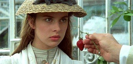 Dont be so coy, my pretty cousin. Go ahead. Roman Polanskis Tess (1979). #NastassjaKinski