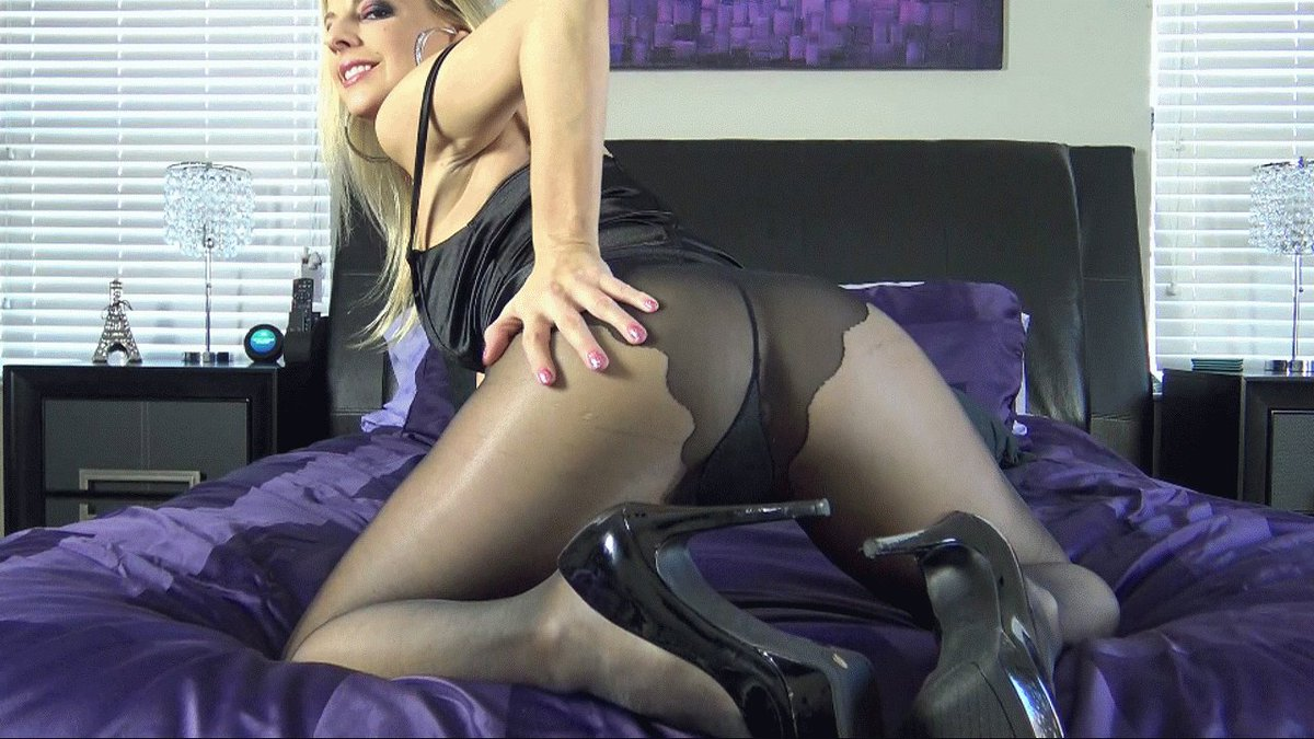 Pantyhose slave porn pics
