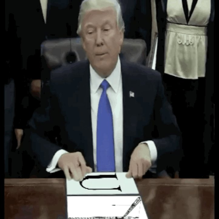 Image for the Tweet beginning: @realDonaldTrump U-Crane lol