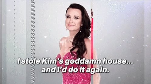 @KyleRichards 😉😘