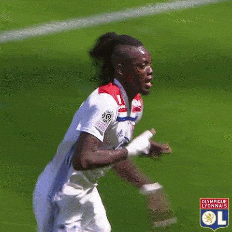 Cornet's cross 🤩 Traoré's header 🎯 Happy days! 🙌  #OLRCSA 1-0