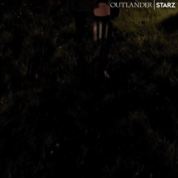 JAMIE FRASER, KING OF MEN AND OF KILTS, HAS RETURNED! 🙌 #Outlander