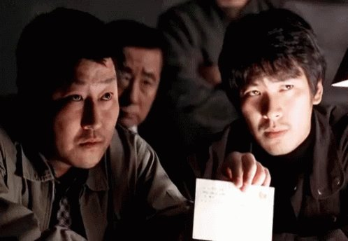 Memories of Murder (2003): A Must-Watch  Who knew that a murder mystery that's based on a real-life string of killings could be funny, horrifying, and affecting at the same time. Bong's balancing act succeeds in #MemoriesOfMurder pic.twitter.com/2n4irUw5RV