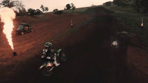 🔥🔥🔥 🎞: youtu.be/kAcAt7JJm9Q @CDuncan151: Girl on Fire #MonsterEnergy #Motocross #MXGP #WMX