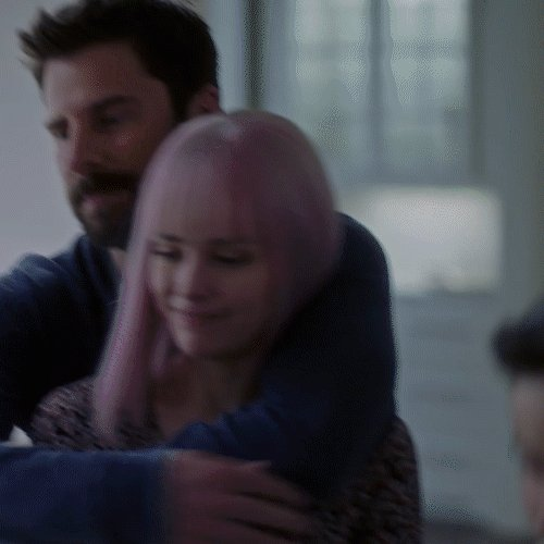 """""""He's wonderful to work with and concerned about getting everything right."""" @allisonemiller on working with @JamesRoday in #AMillionLittleThings. She's also joining #LassieComeHome. @mistergiuntoli is directing a movie over the hiatus."""