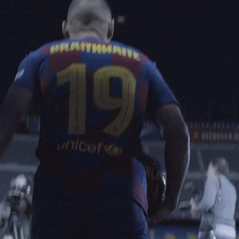 🔄 72' Última substituição no Barça!   ⬆️ Estreia de @MartinBraith 👏 ⬇️ @AntoGriezmann   🔵🔴 #BarçaEibar 3️⃣-0️⃣