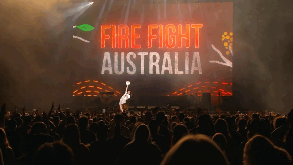 RT if you're watching @FireFightAU with me RIGHT NOW! #FireFightAustralia
