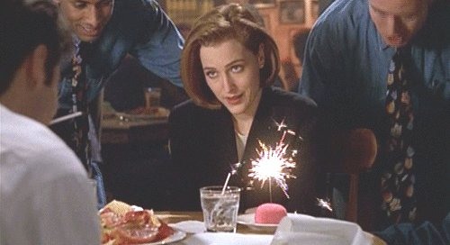 Guess who\s birthday today... Happy Birthday Special Agent Dana Scully.