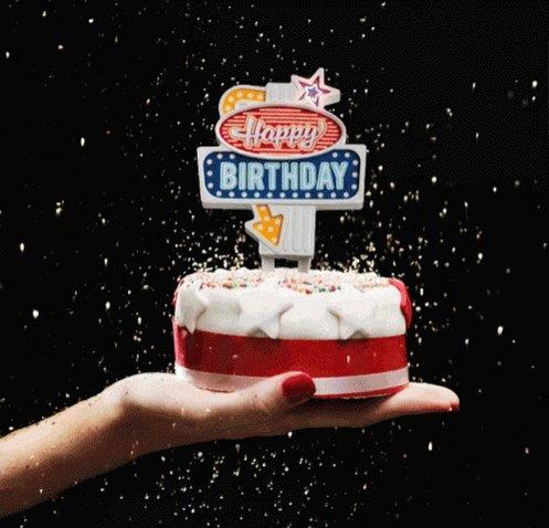 Happy Birthday Alexandra Daddario :)