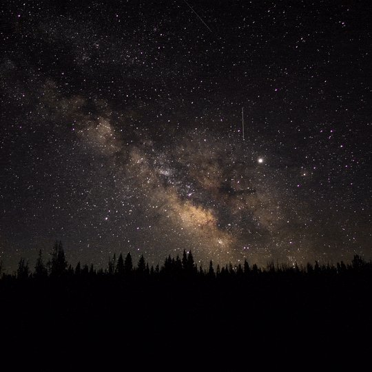 """""""For small creatures such as we the vastness is bearable only through love."""" — Carl Sagan  Timelapse of the Milky Way over Medicine Bow National Forest, Colorado. Source: https://t.co/6KmsXL9oKM https://t.co/tIL1NWQmvr"""