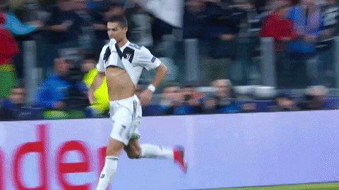 SAPC Matchday 2   FT: Juventus 2-0 Roma   #FinoAllaFine #ForzaJuvepic.twitter.com/zqRW9vLZHr