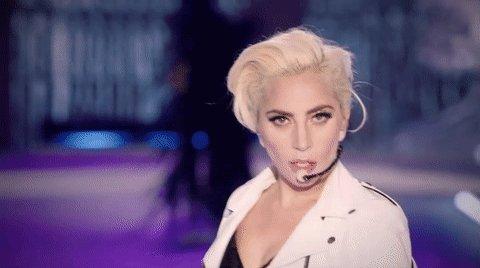 #NUEVO    Lady Gaga hará un concierto para iHeart Living Room por América esta noche.
